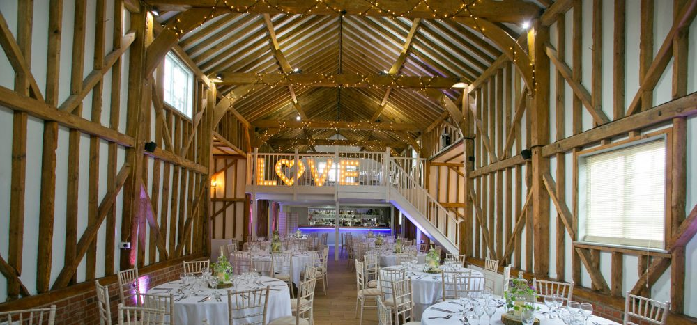 Milling barn hertfordshire country wedding venues for Wedding venues open late